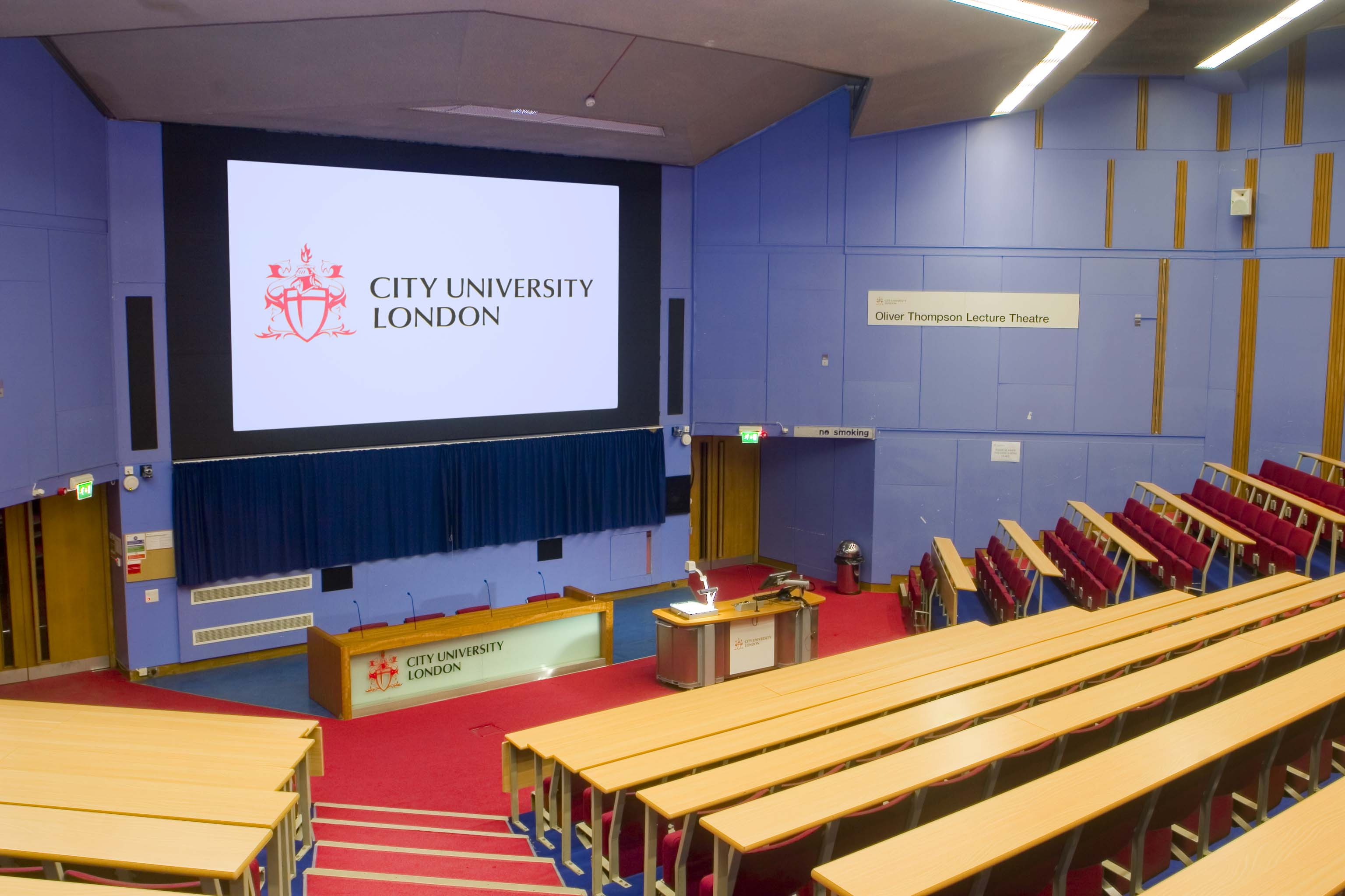 Lecture Theatre - Audio Visual Solution - Reflex AV Case Study